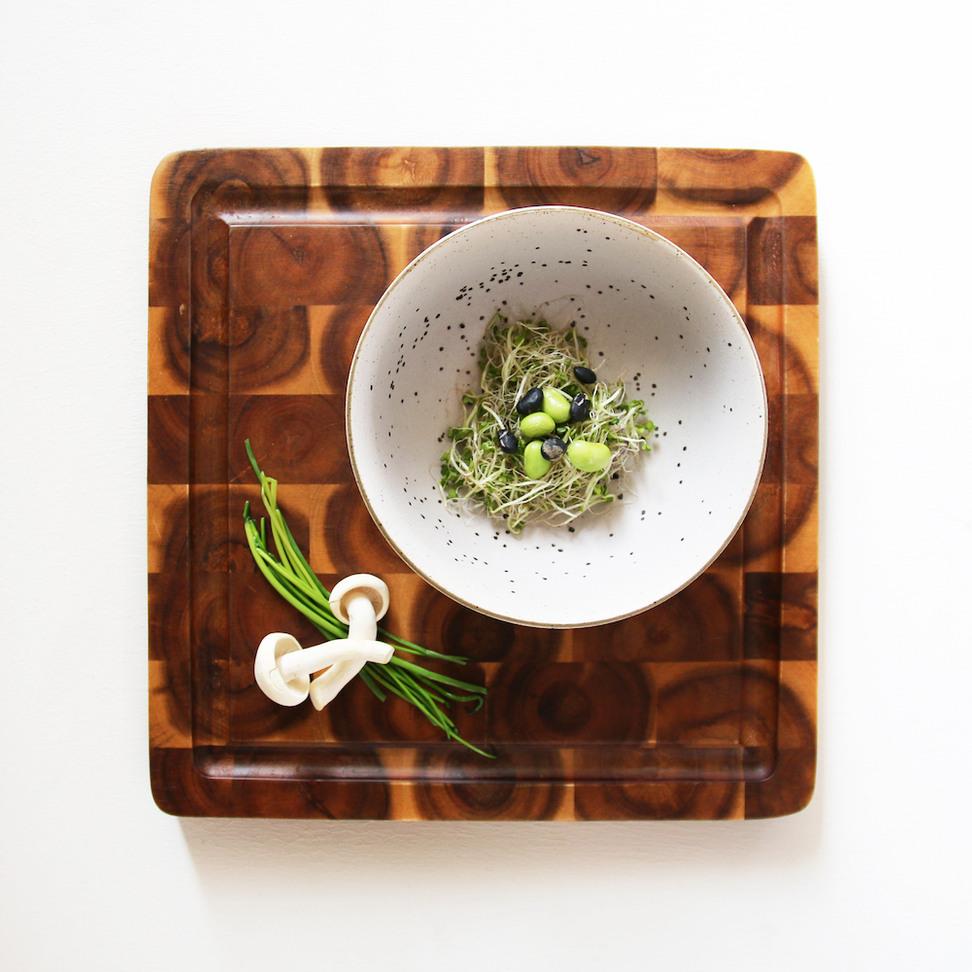 Product image Bold & Basic Ceramics: Egg Shell Bowl