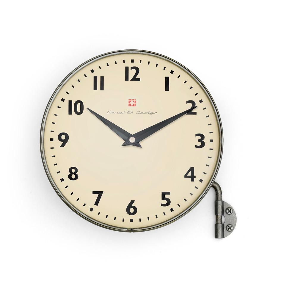 bengt ek design Wall clock with arm